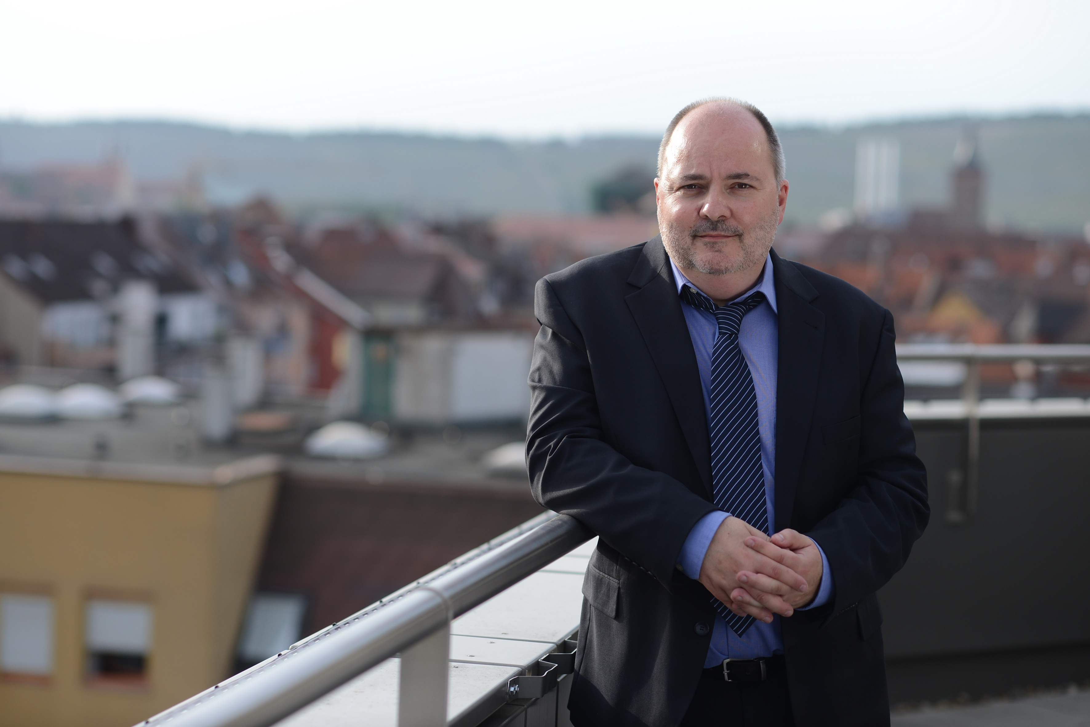 <p>Medienexperte Prof. Dr. Lutz Frühbrodt. Foto: Johannes Untch.</p>